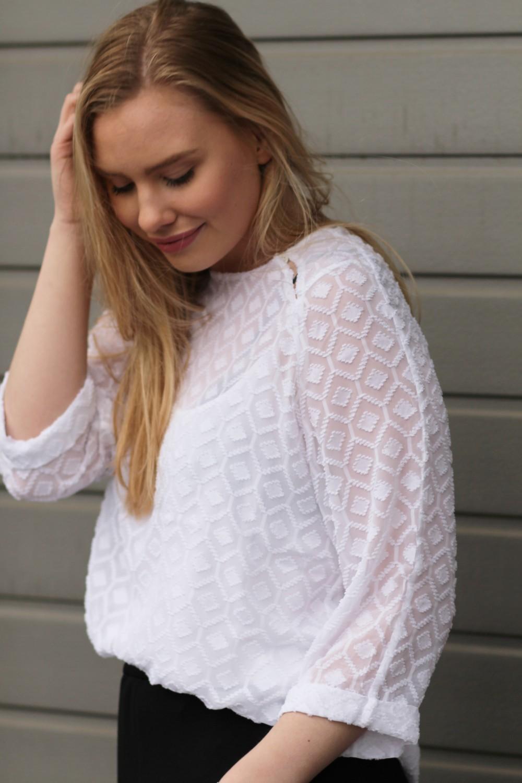 Custommade Davina Jaquard White